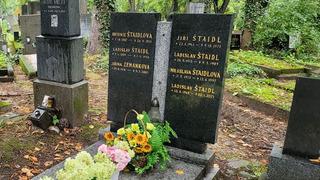 Hrob skladatele Ladislava Štaidla a jeho rodiny
