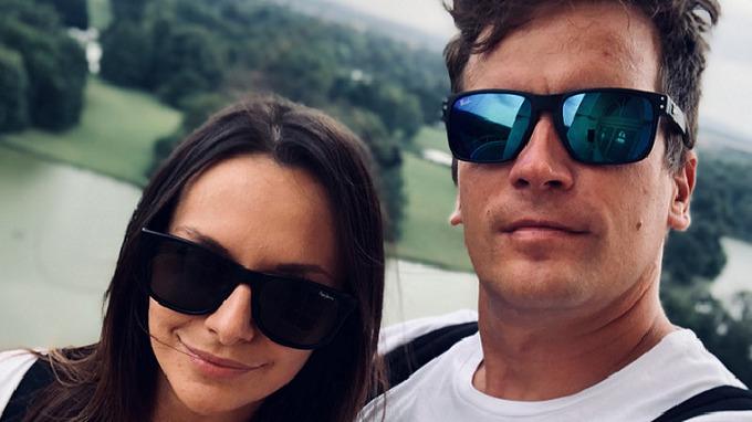 Julián se svou novou partnerkou