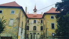 Zámek v Osečanech dostal novou střechu