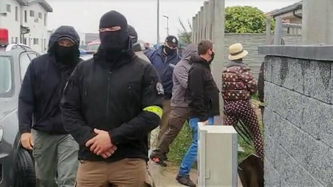 Zuzana Plačková s policisty