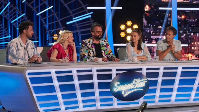 Porota pěvecké soutěže SuperStar